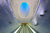 Preview_the-most-impressive-underground-railway-stations-in-europe1